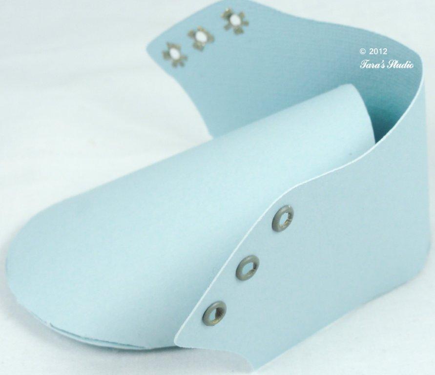 Baby boy paper shoe template