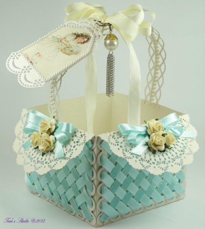 Tara's Card Studio - Blue Basket Img 8
